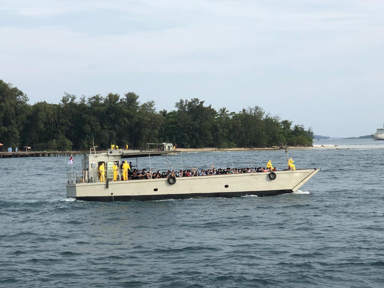 188 WNI di Kapal Pesiar World Dream Dibawa ke Pulau Sebaru. (foto: wartabhineka)