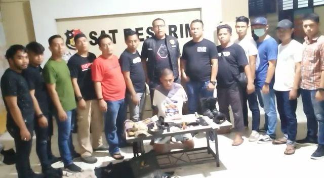 Pelaku Pemerasan PSK Dilakban Buser 77 Kendari. (Foto : Istimewa)