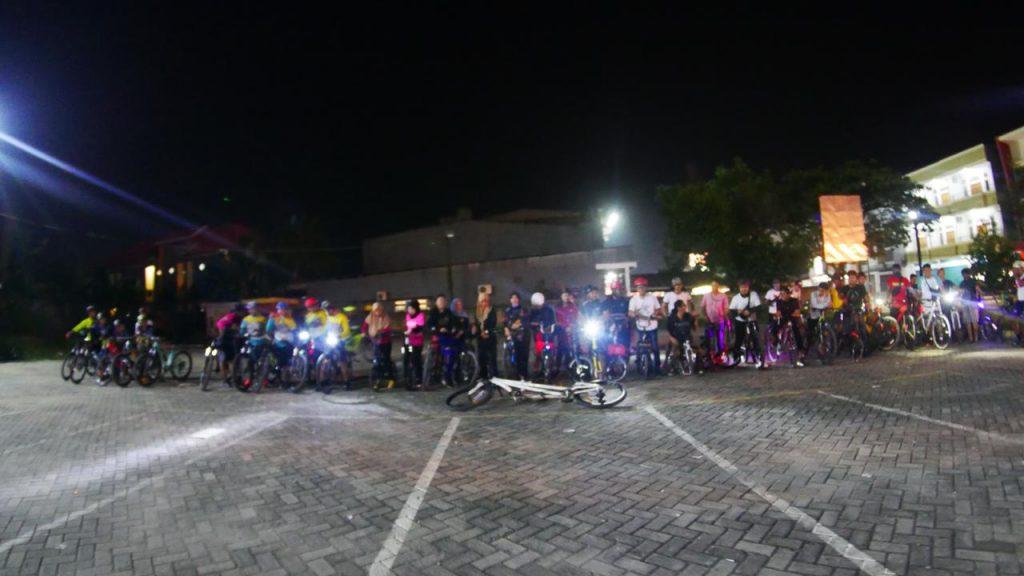 Komunitas kendari bersepeda