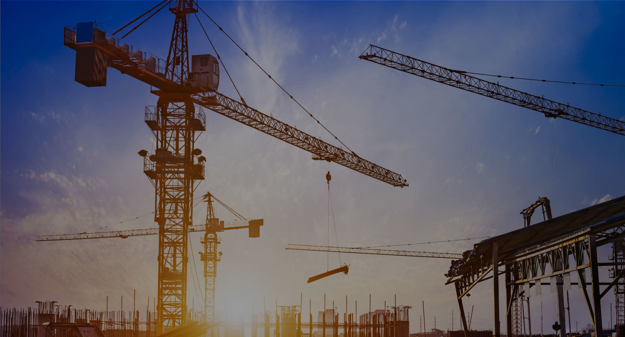 Pekerja jalan tol Pekanbaru-Dumai tewas tertimpa crane
