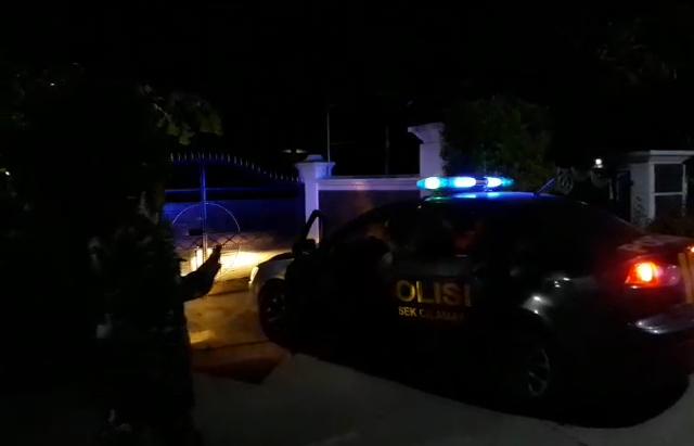 Petugas Gabungan Melakukan Upaya Paksa Warga Suspect Covid-19