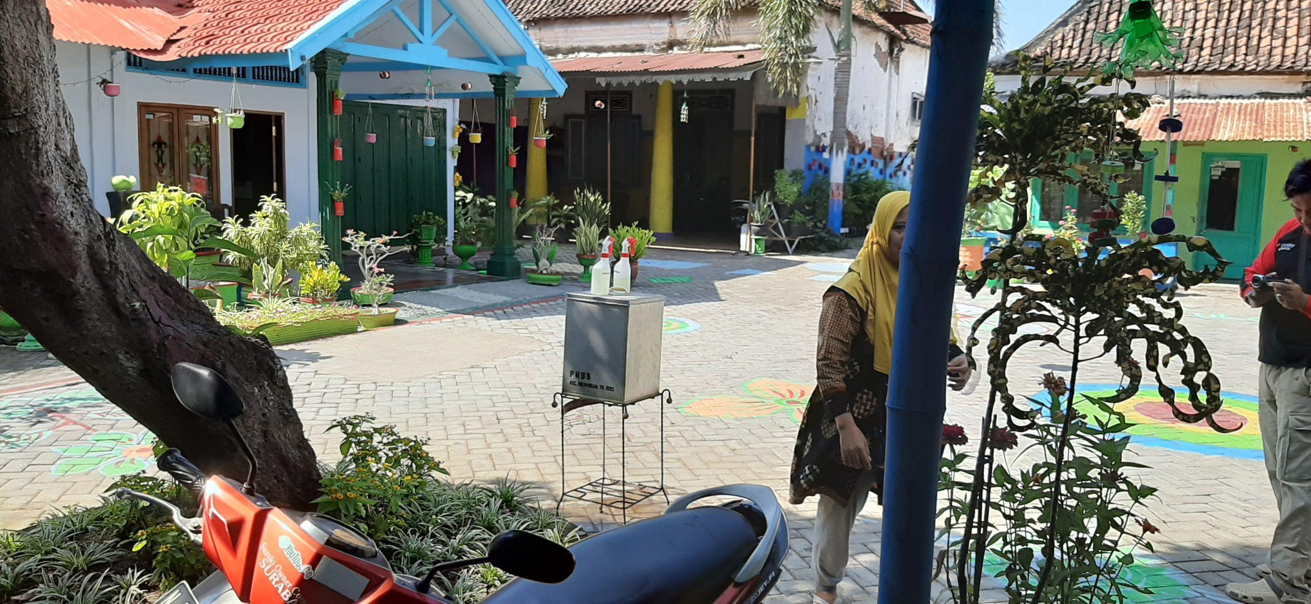 Kampung Bersih di Kota Probolinggo Antisipasi Penyebaran Virus Covid - 19 Ala Kampung Dalang