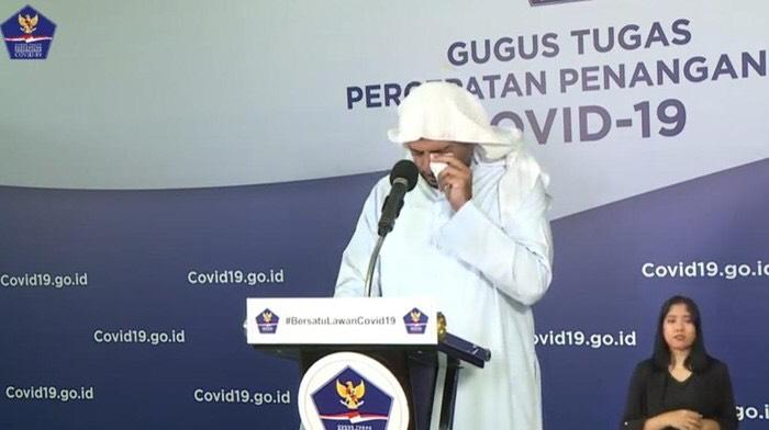 Syekh Ali Jaber Terisak Saat Beri Nasihat Jangan Keras Kepala soal Corona