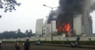 Gereja Basilea Christ Cathedral di Tangerang Terbakar Hebat