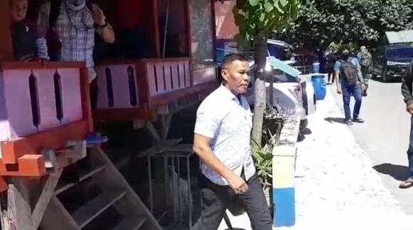 Ancam Revolusi Jika Jokowi Tidak Mundur, Pecatan TNI Ruslan Buton Ditangkap Polisi