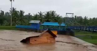 Banjir Bandang Lubuk Linggau, Satu Rumah Hanyut Terbawa Air, Puluhan Rusak