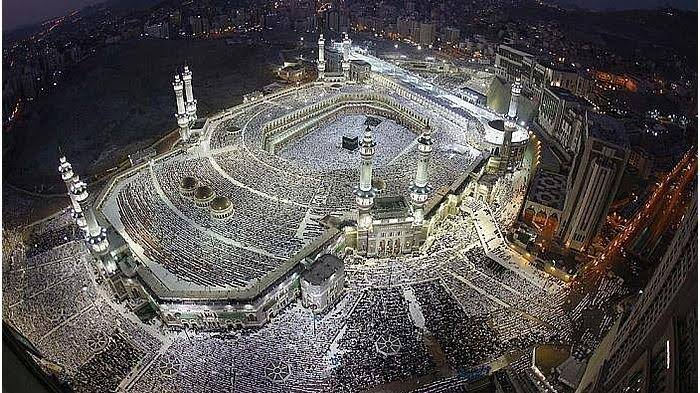 Arab Saudi Izinkan Shalat Berjamaah di Masjid, Jalankan Protokol Kesehatan. (ilustrasi istimewa)