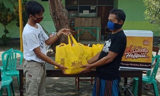 Ramadhan Heppiii Community Bagikan 2.090 Paket Sembako Korban PHK Dampak Pandemi Corona di 3 Kabupaten