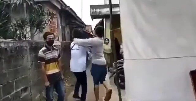 Lawan dan Pukul Petugas Check Point di Bogor, Pemuda ini Ditangkap Polisi