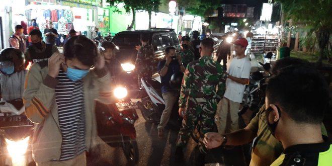 Forkopimda Kota Probolinggo Sambut New Normal Gelar Razia Masker, Pelanggar Wajib Hafal Teks Pancasila