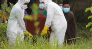 Jenazah Pasien Corona Ditolak Warga Aceh, Akhirnya Dimakamkan di Areal RSUZA. (foto: Dok. Polresta Banda Aceh)