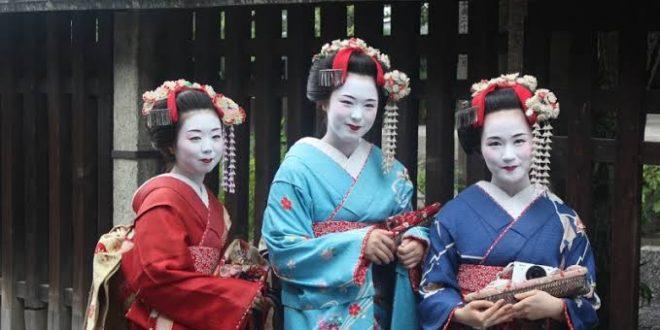 Rahasia Kecantikan Geisha Jepang, Ternyata Kotoran Burung. (foto: the sushi time)