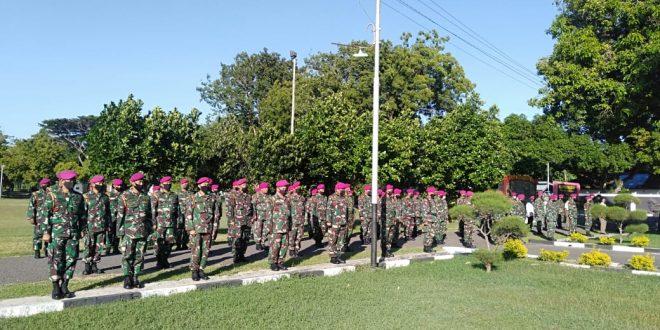 Mengawali Kehidupan New Normal Komandan Puslatpurmar 5 Baluran Cek Kelengkapan Personel di Bawah Jajarannya