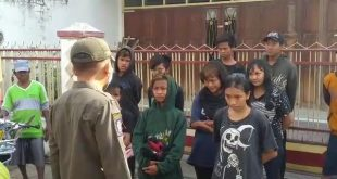 Resahkan Pedagang Pasar Gotong Royong, Belasan Anak Punk Diamankan Petugas Satpol PP Kota Probolinggo
