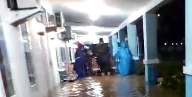 RS Angkatan Laut Sorong Direndam Banjir, Pasien Dievakuasi