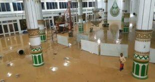Masjid Agung Sorong Terendam Banjir, BPBD: 4 Korban Tewas