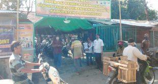 Koramil Gending Terus Giatkan Penegakan Disiplin Protokol Kesehatan di Pasar Sebaung