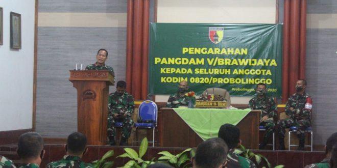 Kunjungan Kerja Pangdam V Brawijaya Beri Motivasi Prajurit Kodim 0820 Probolinggo di Saat Pandemi Corona