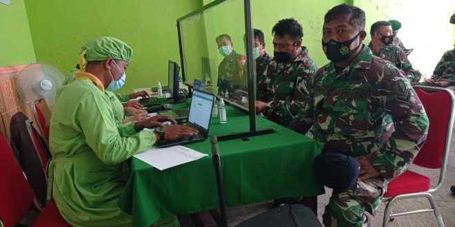 Komandan Kodim 0820/Probolinggo Tinjau Pelaksanaan Vaksin Anggota nya