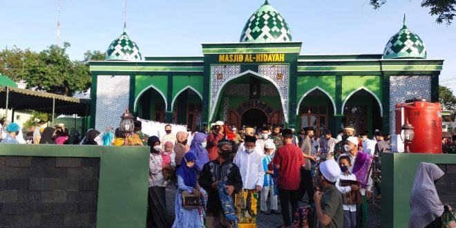 Masjid Al Hidayah Kodim 0820 Terapkan Protokoler Kesehatan Ketat Saat Sholat Idul Fitri 1442 Hijriyah