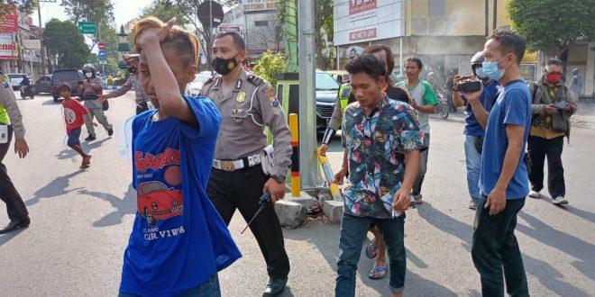 Razia Preman, Polres Probolinggo Kota Amankan 9 Anak Punk Dan Polisi Cepek